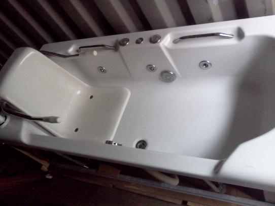 Special Needs Baths With Lifting Chairs Specialist Hoists